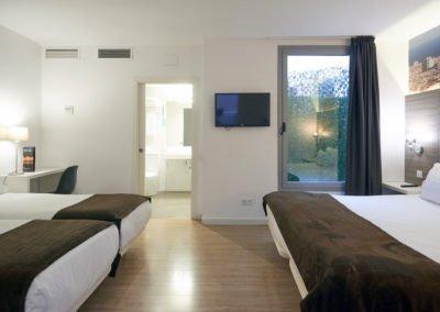 Hotel BESTPRICE Diagonal Family Deluxe Room 5